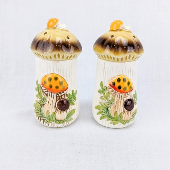 Vintage 'Merry Mushroom' Salt and Pepper Shakers